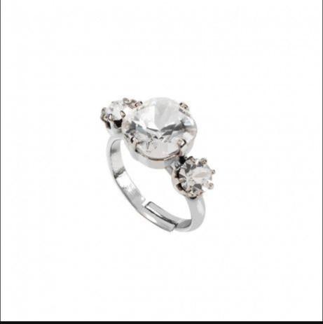 Meghan Markle's engagement Ring 2