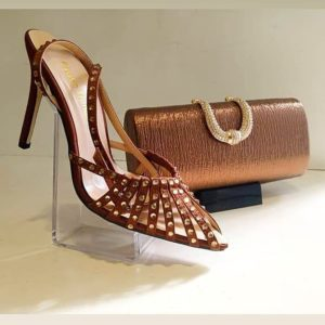 Bridal Clutch And Shoes For Your Traditional Wedding